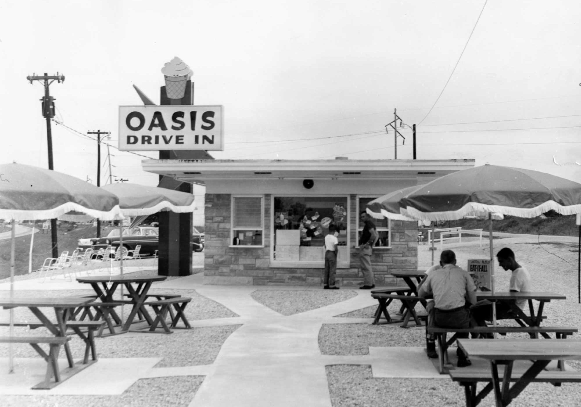 Oasis Drive In, Lexington, IL